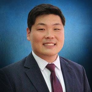 Dr. Justin Joon Lee